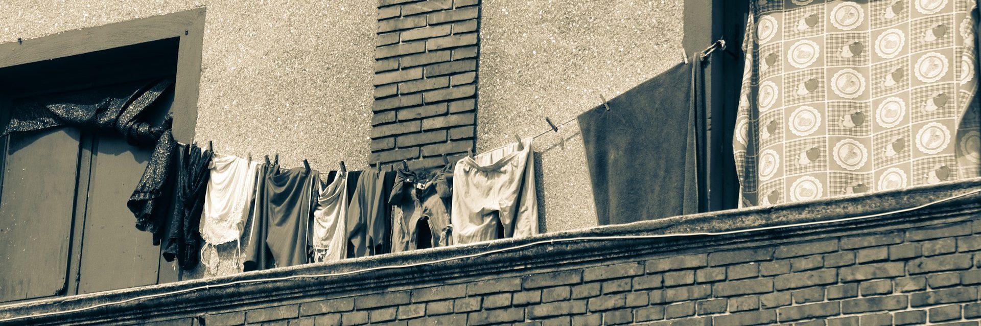 La lavadora es un relato de terror escrito por Miguel Rodríguez Echeandía para el blog personal de su página web.