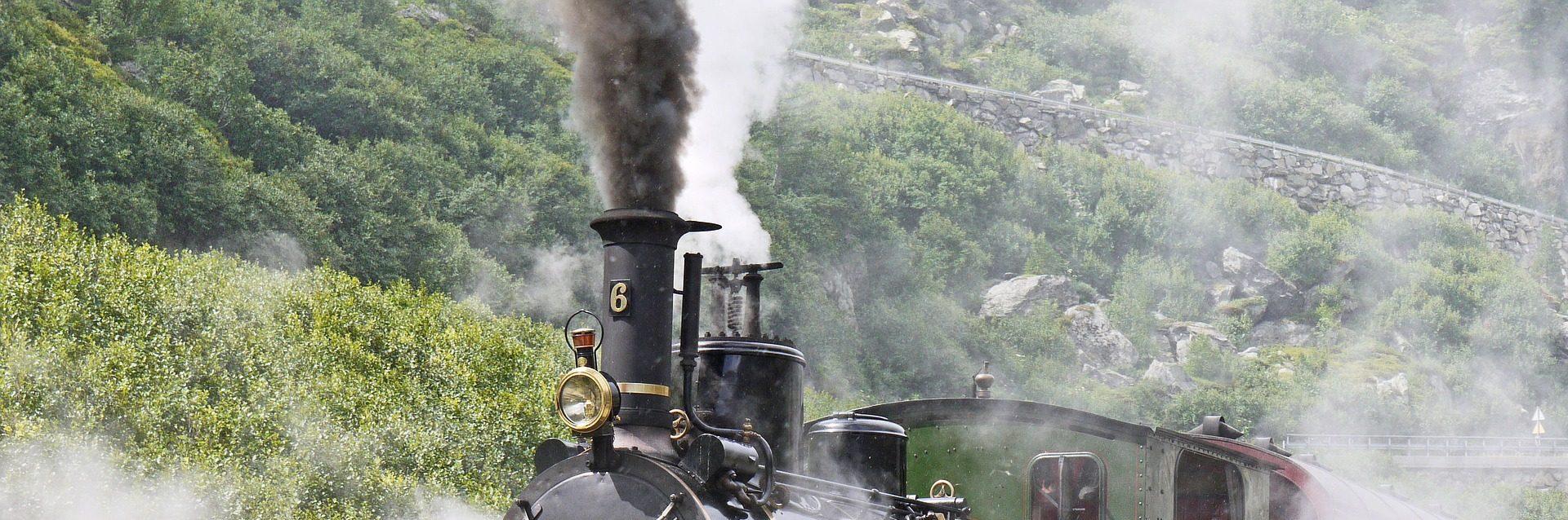 Locomotive Breath es un relato escrito por Miguel Rodríguez Echeandía protagonizado por sus personajes Marcos y Laura.
